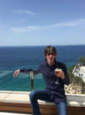 Robert, 46, Spain, Madrid