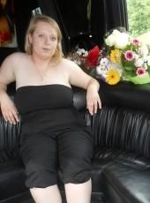 natashenka, 28, Russia, Saint Petersburg