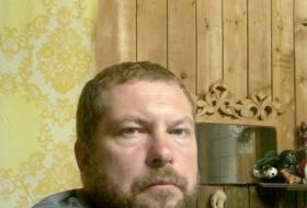 Kosta, 56 - Just Me