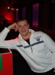 Alex, 40, Riga