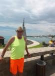 andrey, 53  , Chisinau