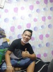 johary, 23, Quezon City