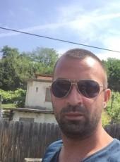 Mihaiu Toma, 31, Romania, Strehaia