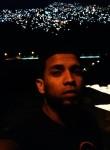 Yoswar, 28  , Caracas