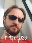 Rober , 40  , Madrid
