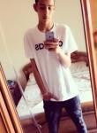 yassin, 18  , Tortona