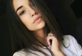 aleyna, 20 - Just Me