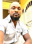 amadou bathily, 39  , Dakar