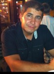 roberto, 49  , Athis-Mons