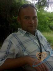 Maksim, 43, Russia, Feodosiya