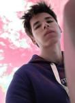 Dmitriy, 18, Chisinau