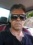 franck, 52  , Dreux