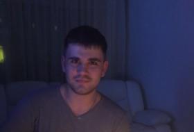 Vitaliy, 25 - Just Me