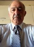 Costantino, 65  , Napoli
