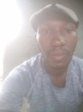 bob marley, 19, Ivory Coast, Bouake