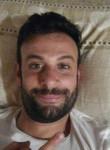 Liuk, 36  , Cattolica