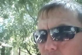 Maksim, 36 - Just Me