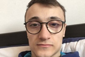 Sebastien, 23 - Just Me