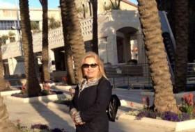 Mila, 48 - Just Me