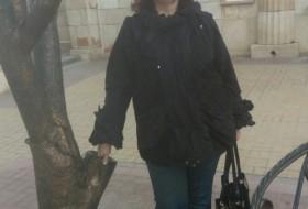 Larisa, 55 - Just Me