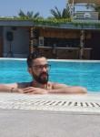issamo, 31  , Manama