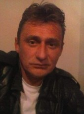 Predrag, 41, Bosnia and Herzegovina, Sarajevo