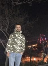Umut, 27, Türkiye Cumhuriyeti, İstanbul