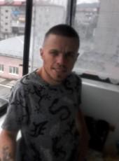 Nikolay, 30, Russia, Mezhdurechensk