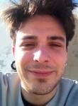 Alessandro, 27  , Tuglie