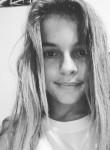 Julie Harteau, 21  , Le Petit-Quevilly