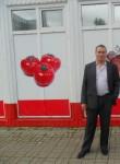 Валентин, 59 лет, Череповец