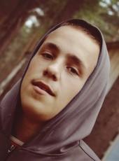 Aleksandr, 21, Russia, Tver