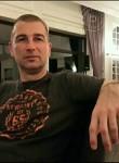 alber, 42  , Izmit