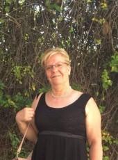 Herminia, 60, Spain, Madrid
