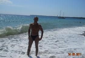 aleks, 52 - Just Me