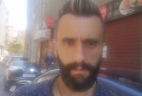 Oscar, 33 - Just Me