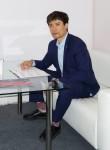 Лев Хэ, 32  , Qingdao