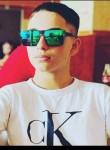Ronaldo Fluture, 18  , Bucharest
