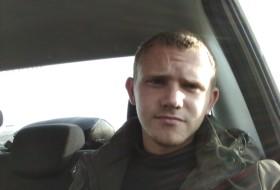 Vladimir, 20 - Just Me