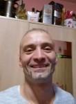 Lajos , 46  , Budapest
