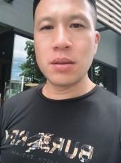 TANG, 40, Thailand, Bangkok