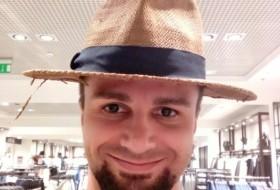 Slava, 35 - Just Me