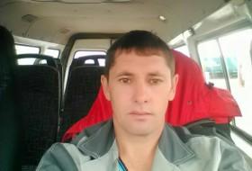 Ilmir, 33 - Just Me