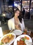 Ailyssa, 35, Singapore