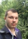 Viktor, 23  , Samara