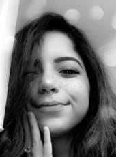 Maria, 22, France, Paris