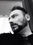 Giuseppe, 44  , Vigevano