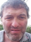 Luca, 48  , Cossato