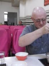 Boris, 61, Russia, Artem