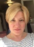Elena, 41  , Bayonne